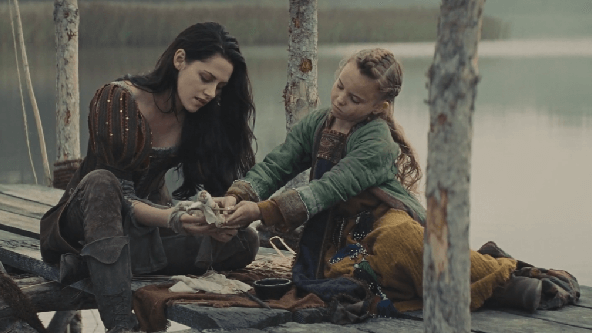 Pamuk Prenses ve Avcı İndir